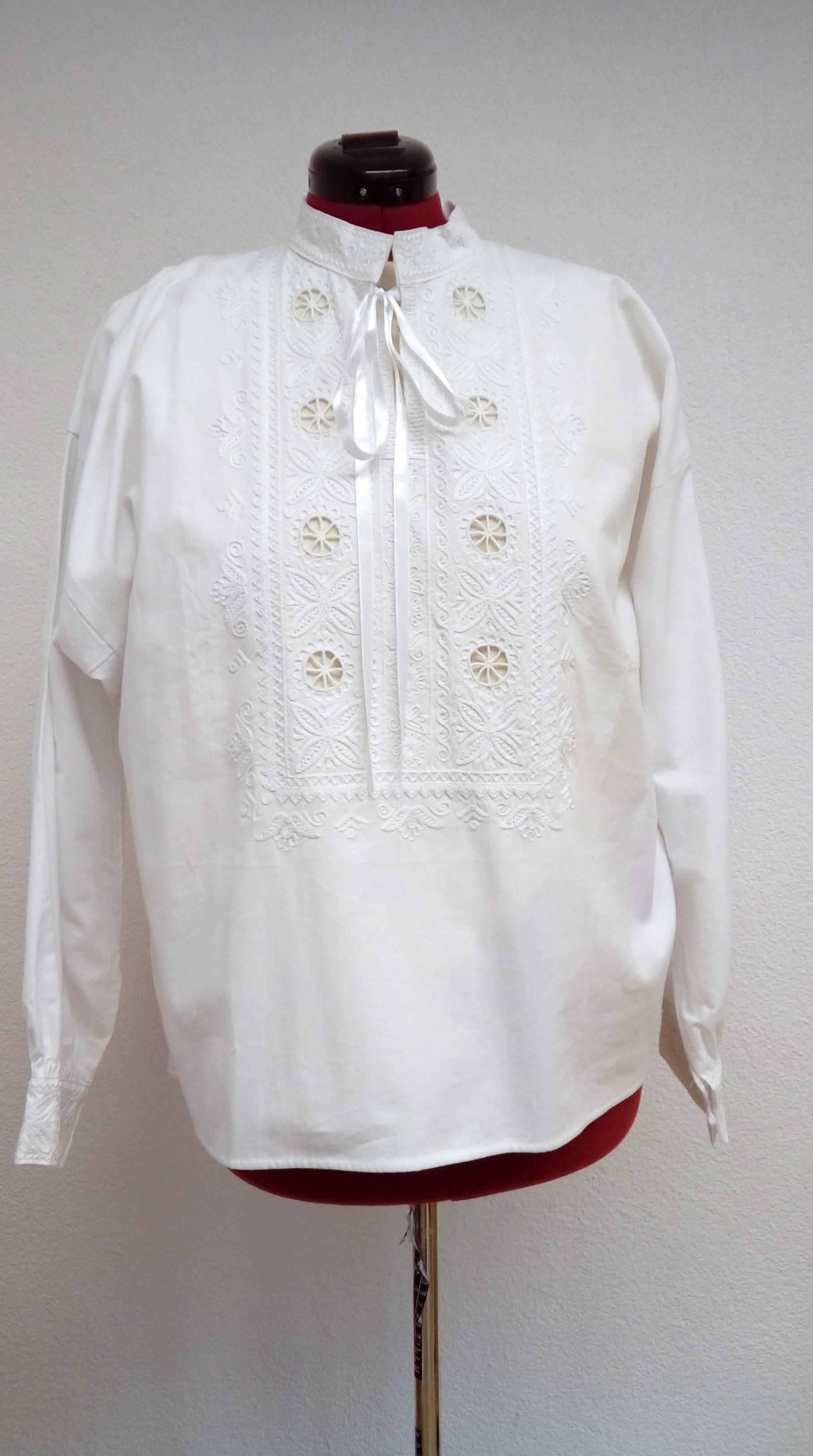 6ec04aa32 Detvianska ručne vyšívaná košeľa dlhá – biely vzor – Detvianske ...